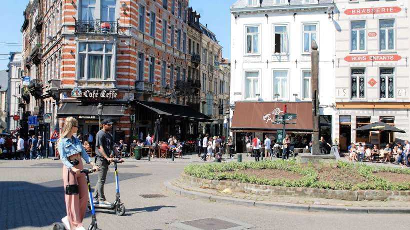Brüssel Café Roller I